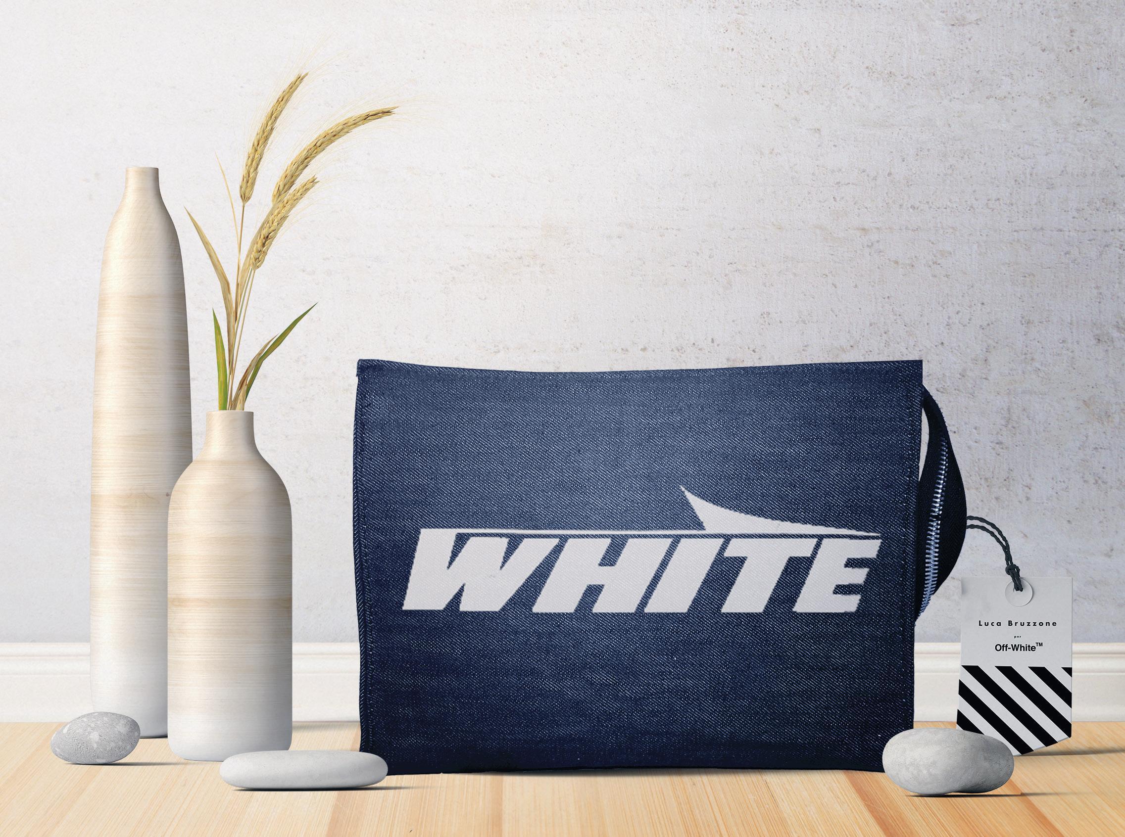pochette off-white